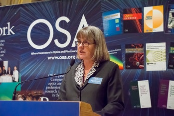 Donna Strickland gives speech