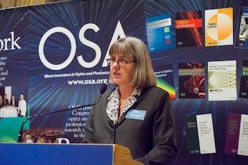 Donna Strickland gives speech