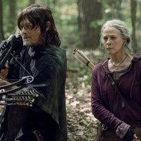 'Walking Dead' Season 10 spoilers: What the crashed satellite really means
