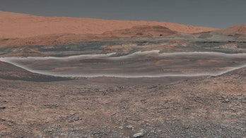 nasa curiosity rover mars mount sharp gale crater