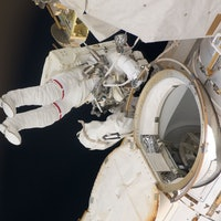 International Space Station: NASA Study Finds the ISS Is Like a Dirty Gym