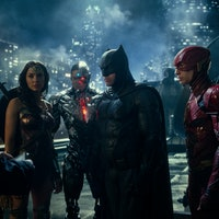 Snyder Cut photos reveal extended Flash storyline, Cyborg deleted scene