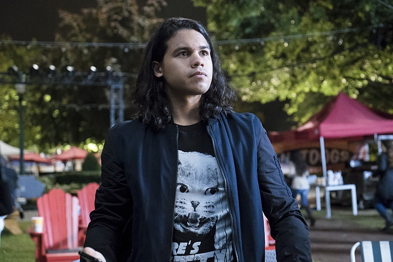 Cisco Arrow The Flash Vibe
