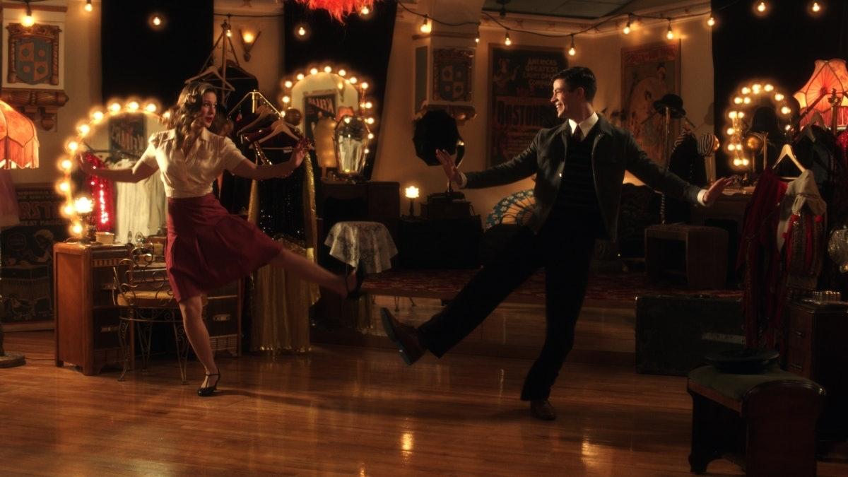 Melissa Benoist and Grant Gustin as Kara Danvers, aka Supergirl, and Barry Allen, aka The Flash, on 'The Flash'