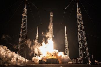 Telstar 19 launch.