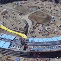 Apple's Giant Spaceship HeadquartersShown Off in 4K Quadcopter Footage