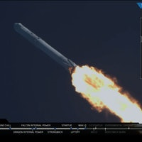 The 5 Best Moments During SpaceX's Smooth CRS-8 Falcon 9 Launch to the ISS