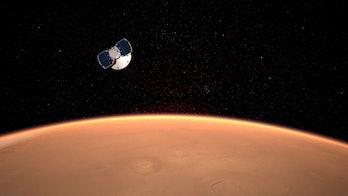 NASA InSight lander approaching Mars