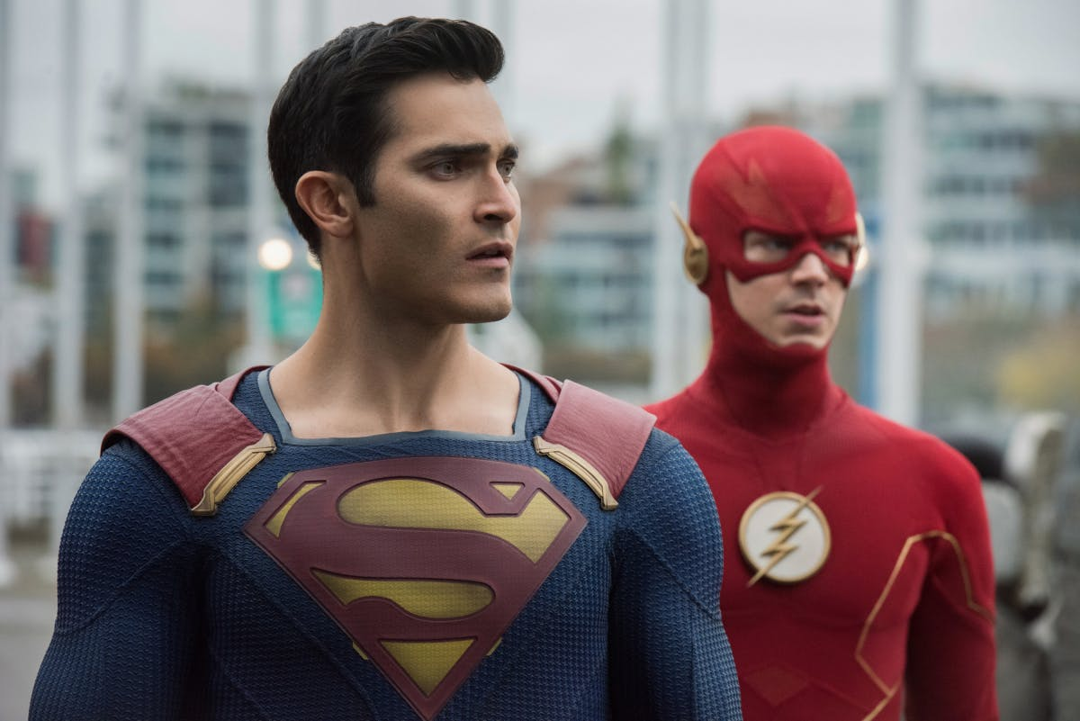 Arrowverse Cw Renewals Will Stage A Unique Post Crisis Crossover In 2020