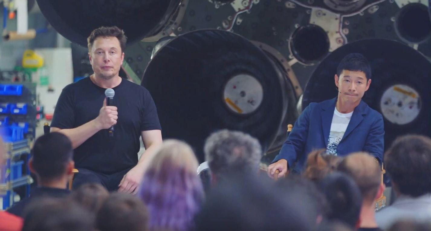 Elon Musk andYusaku Maezawa
