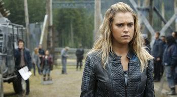 Eliza Taylor as Clarke Griffin in 'The 100' Season 4