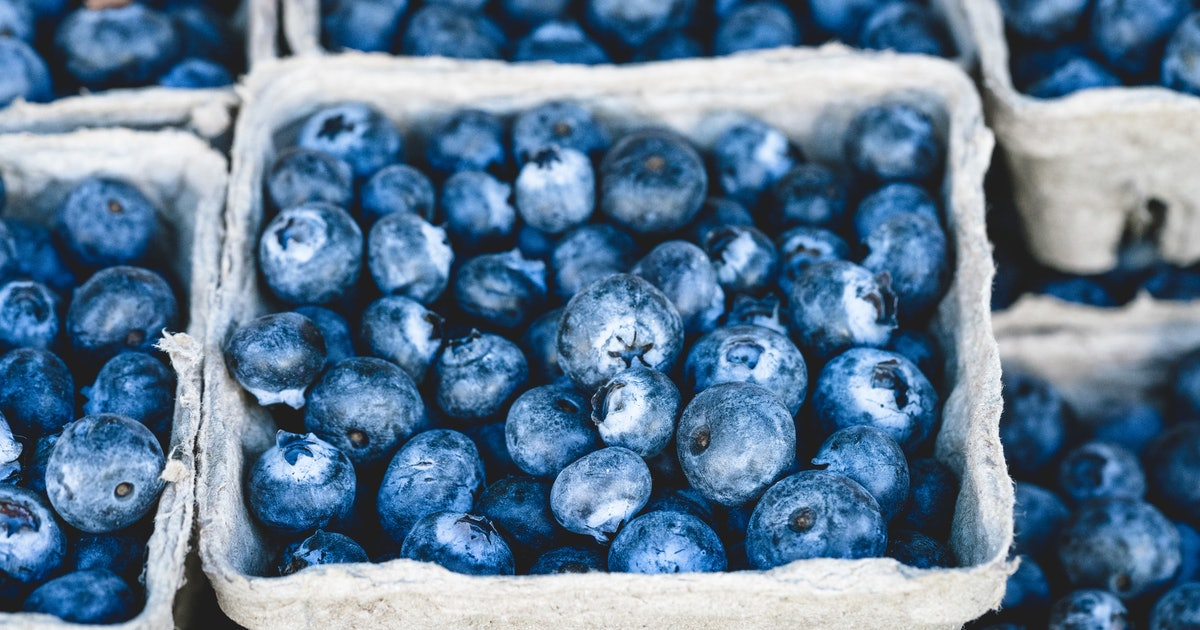 Health Experts Debunk the Effects of 5 Superfoods
