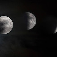 No, the Full Moon on October 5 Isn't a Blood Moon -- Here's Why
