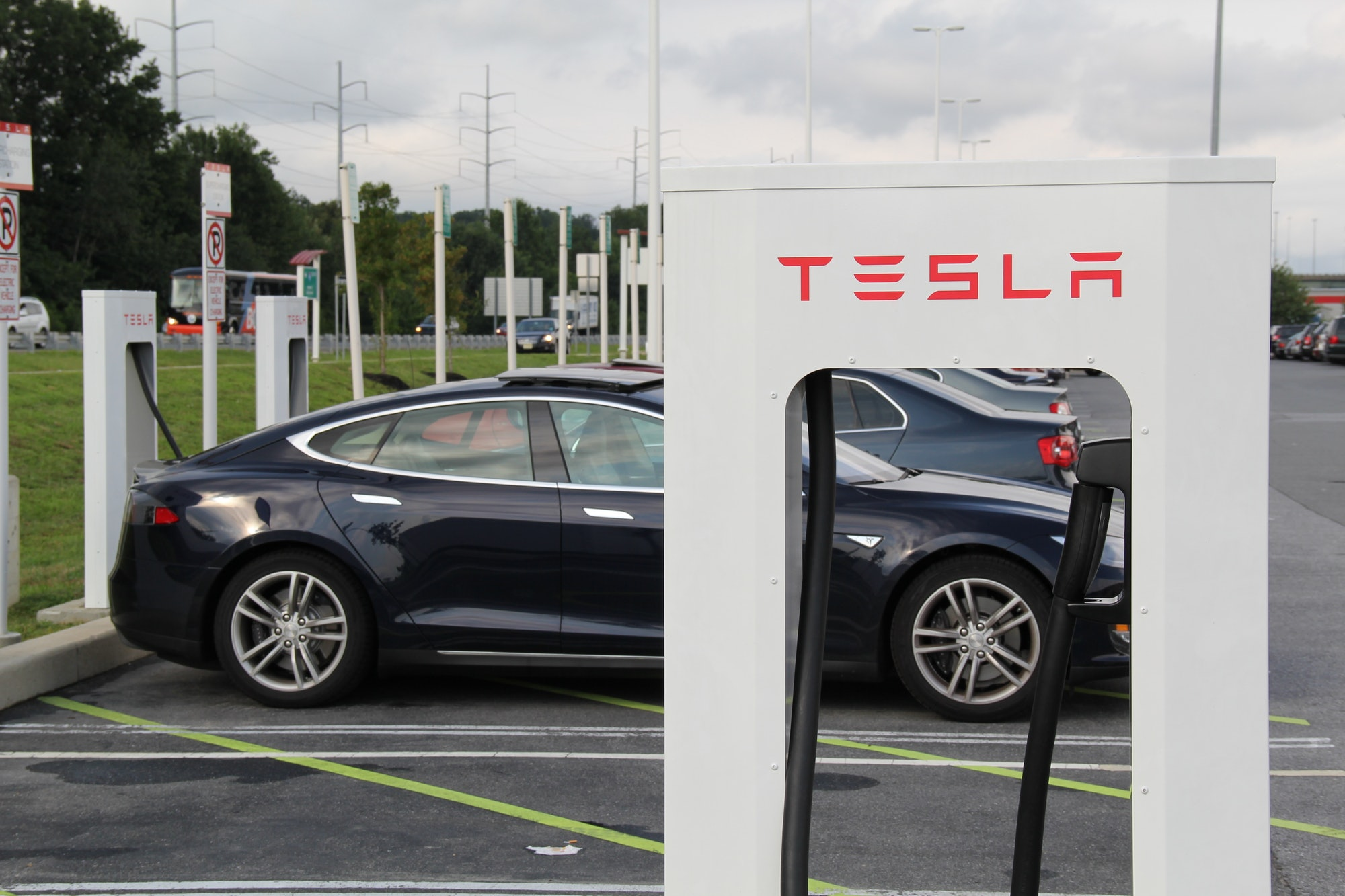 A Tesla supercharger in action.