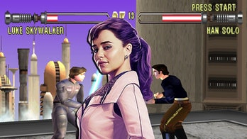 Qi'ra knows how to fight, thanks to a PlayStation game.