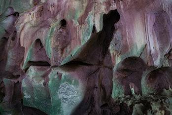 Tiger cave, ThamPhaThai, Lampang 20
