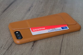 Mujjo leather case.
