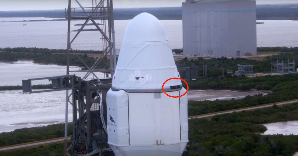 SpaceX: Why 4 Innocuous Panels on the Dragon Capsule Are Critical to Mars