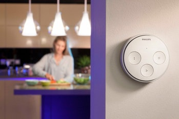 Philips Hue Tap, Smart Light Switch without Batteries (Requires Hue Hub, Installation-Free, Smart Home, Exclusively for Philips Hue Smart Bulbs)