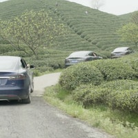 """Tesla Promises """"Freedom"""" and """"Much Less Pollution"""" in Chinese Model S Commercial"""