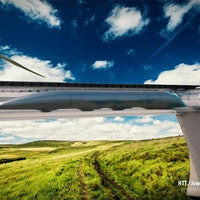 Hyperloop: How It Could Join With Electric Planes and Cars in Just 5 Years