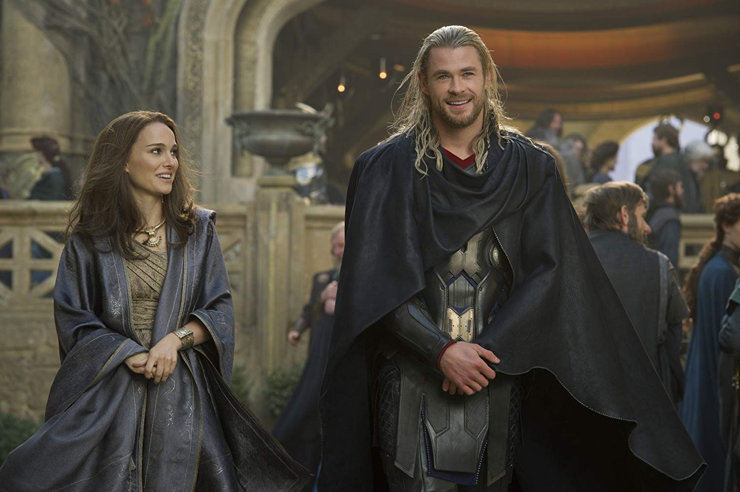 Thor gives Jane Foster a tour of Asgard in 'Thor: The Dark World'
