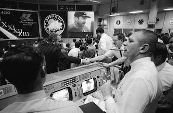 Apollo 13 NASA mission control