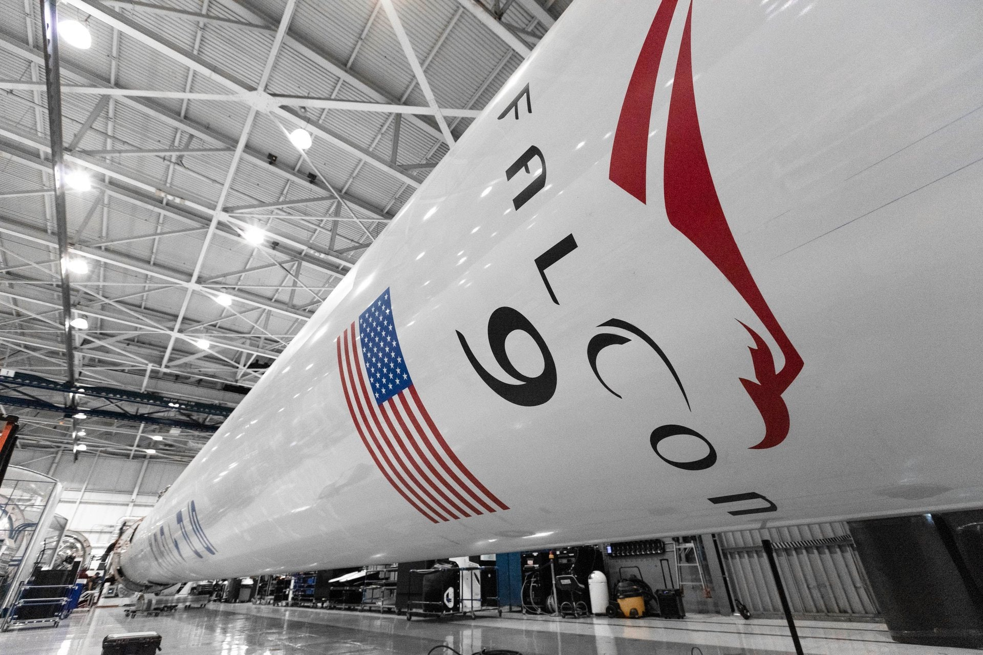 The Falcon 9 stretching out.