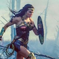 Henry Cavill Admits DC Movie Problems, Praises 'Wonder Woman'