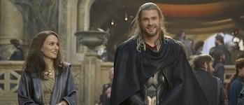Natalie Portman (Jane) and Chris Hemsworth (Thor) in 'Thor: The Dark World'