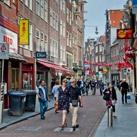 Twitter Video Shows How Amsterdam Streets are Designed for People, Not Cars