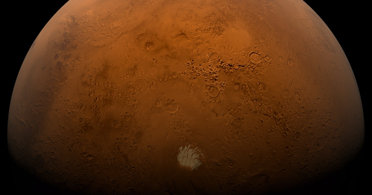 NASA Photos Reveal How the Martian Surface Has Changed in Just 10 Years