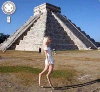 strange legs pyramid