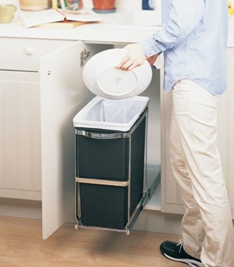simplehuman 30 Liter / 8 Gallon Under Counter Kitchen Pull-Out Trash Can