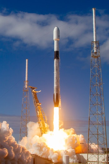 SpaceX's Starlink mission lifts off from the Cape Canaveral Air Force Base in Florida.