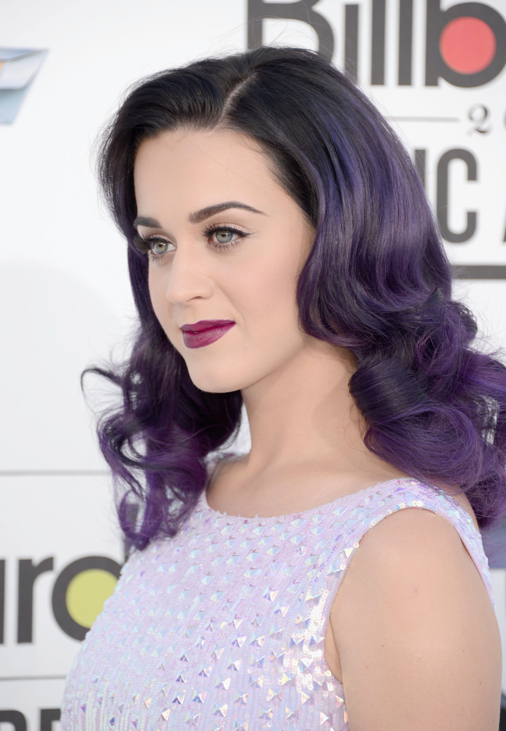 How To Pull Off Purple Hair Like Your Favorite Celebrity,Black And White Wallpaper Aesthetic Anime