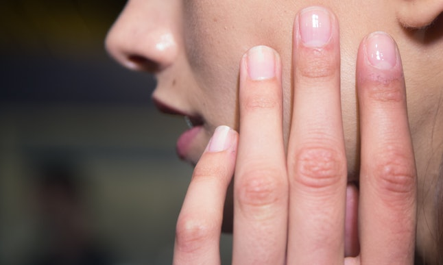 how to get nail bed to grow back