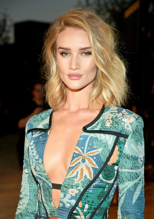 rosie huntingtonwhiteley refused to take pictures for a