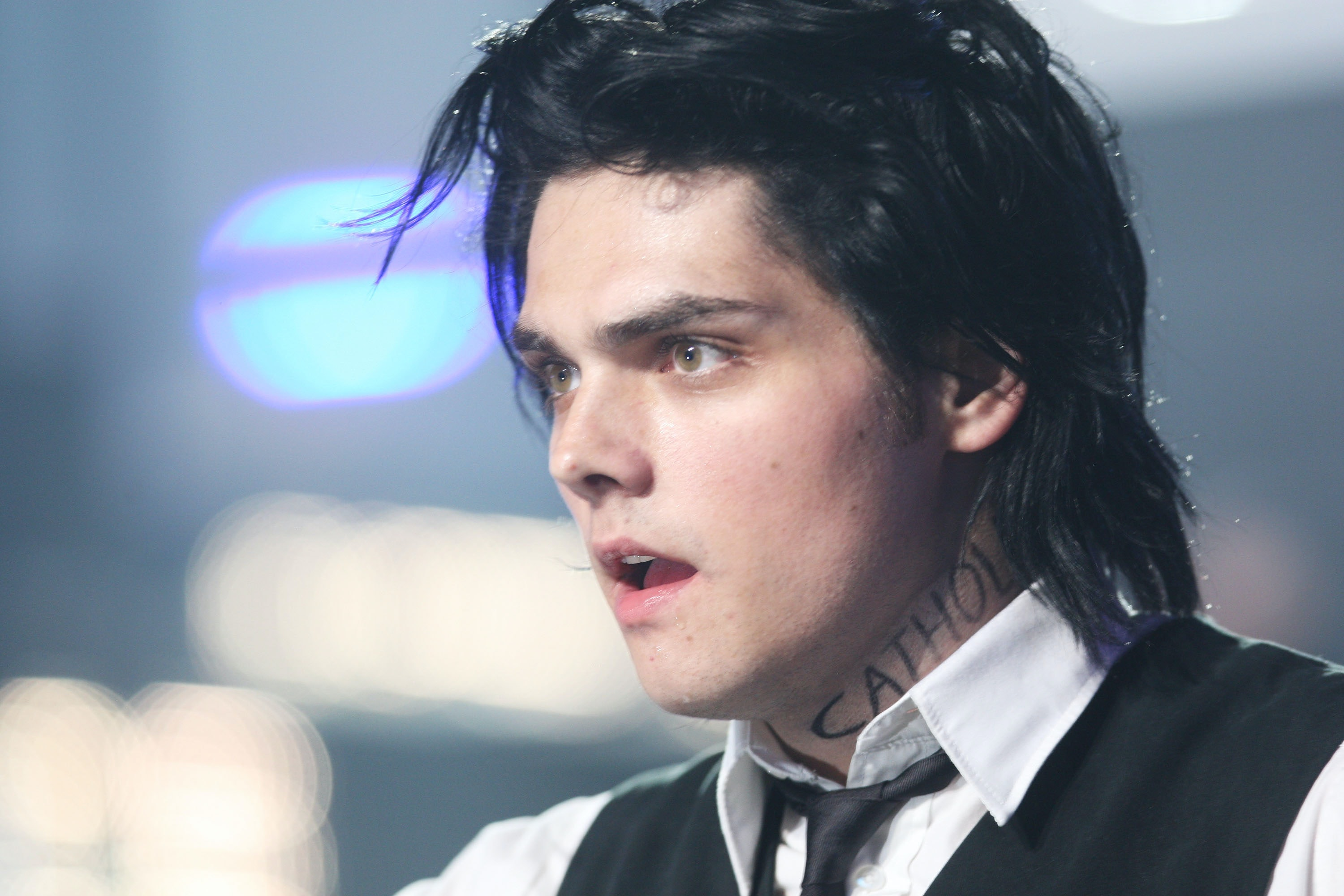 My Chemical Romance S Gerard Way Through The Eras Of Emo And The Fashions That Followed