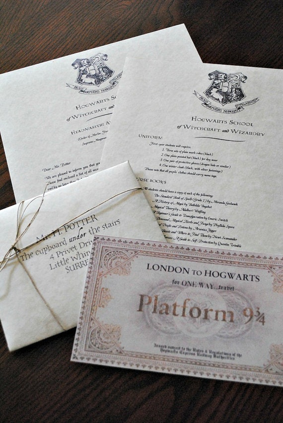 10 Things Every True Harry Potter Fan Needs