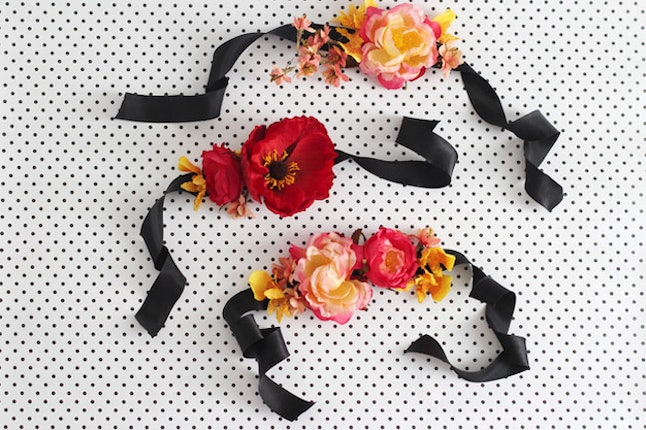7 diy prom corsage ideas to personalize your outfit on the best faux silk flowers are another option for making a long lasting prom corsage this particular project by green wedding shoes is beginner friendly and only mightylinksfo