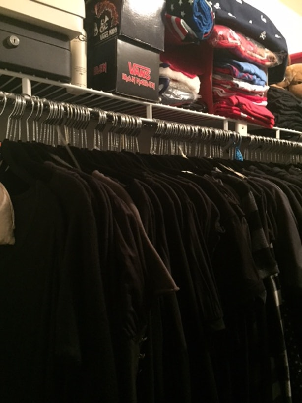 Hiring A Professional Organizer To Clean My Closet Was