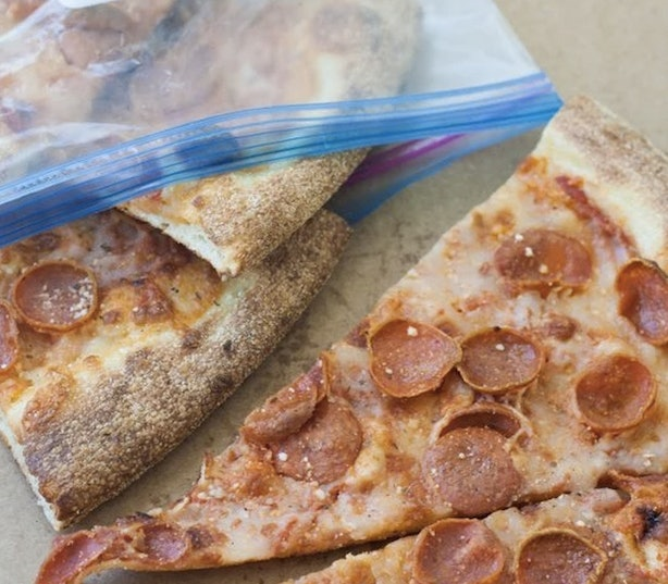 Can Pizza Be Left At Room Temperature