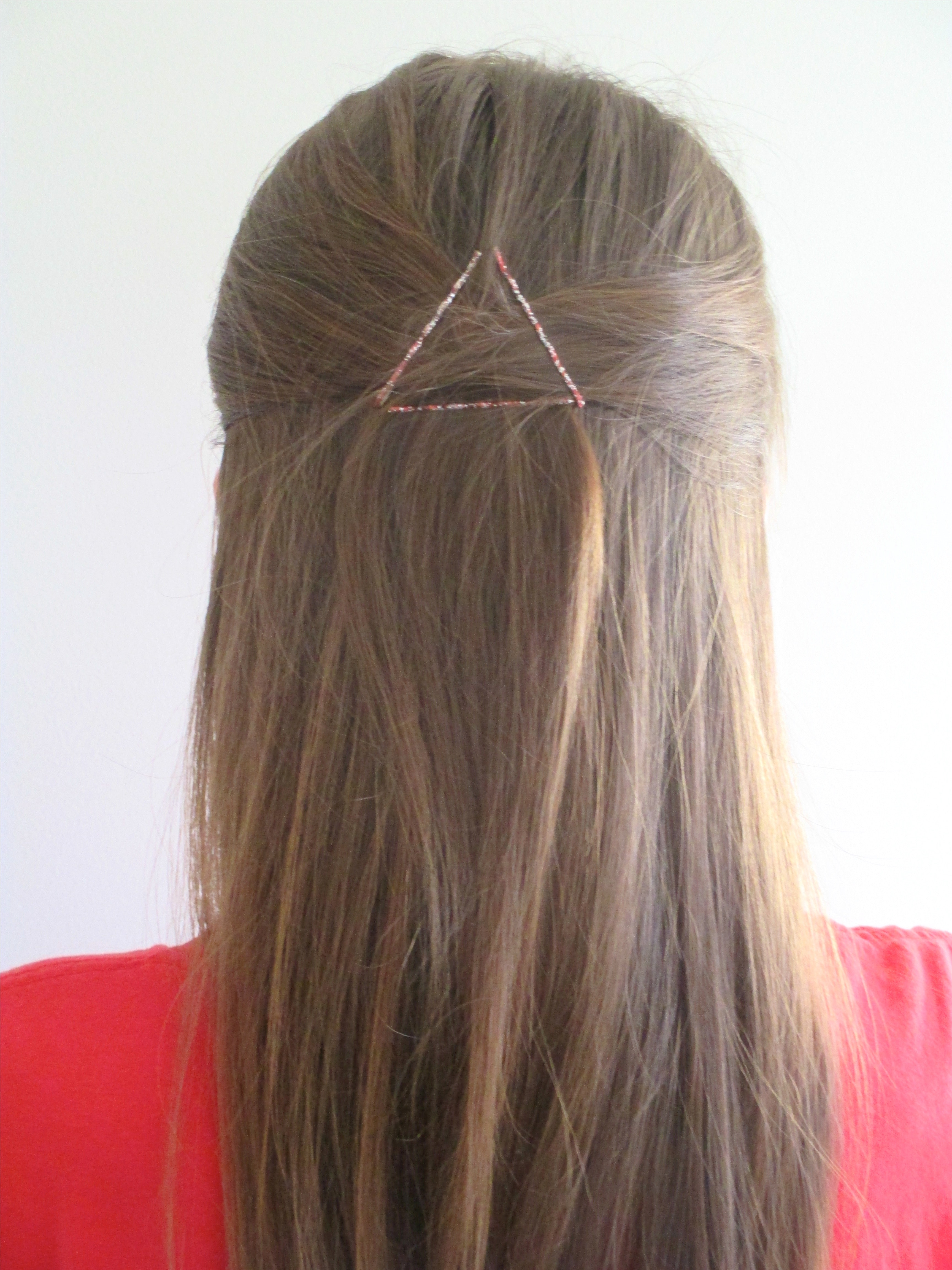 11 Cute And Easy Bobby-Pin Hairstyles Using Fewer Than 11 Bobby Pins