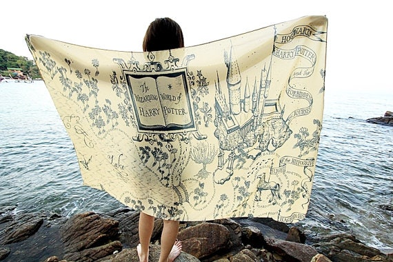 31 harry potter christmas gifts for the shameless potterhead in marauders map scarf gumiabroncs Image collections