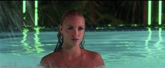 25 Incredulous Moments From Showgirls, Because This Movie Is Legendary But Not -2813