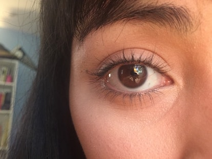 Second hack for keeping eyelashes curled: wiggling mascara and heating eyelash curler.