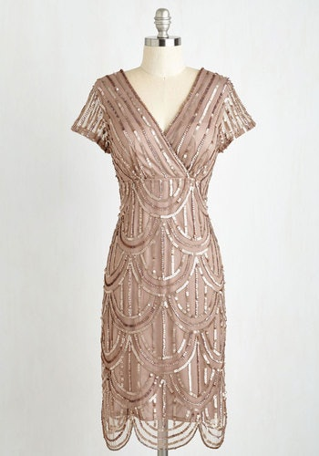 How To Dress Like Daisy Buchanan Of The Great Gatsby To Channel All Your Ethereal Springtime Dreams