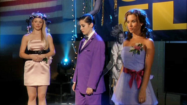 11 Early 2000s Prom Icons From Our Favorite Teen Movies