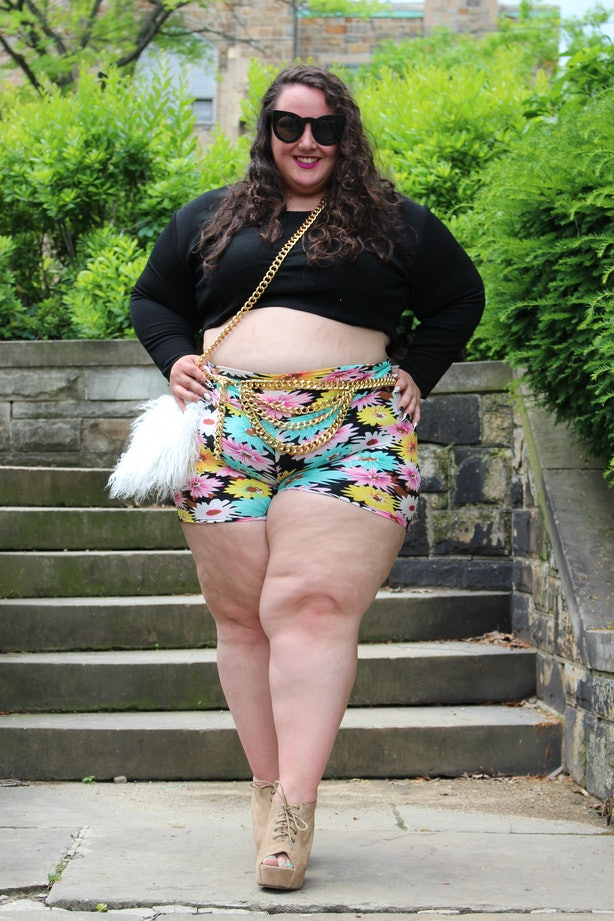 9 Ways To Wear Plus-Size Shorts This Summer Because Your